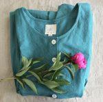 """<span class=""""MamaFlow"""" title=""""A MamaFlow egy fenntartható, kézműves ruha márka, ami a Anyává érés időszakában támogat Téged, hogy kényelmesen és nőiségedben kiteljesedve élhesd meg ezt a változásokkal teli életszakaszt."""">MamaFlow</span>"""